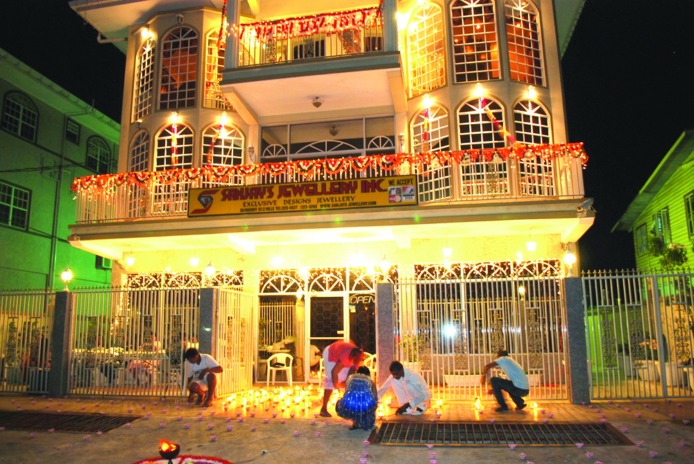 Diwali Decorations In Home Part - 42: Another Beautifully Decorated House In Georgetown