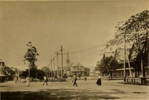 High Street, Georgetown circa 1909: Law Courts and Town Hall